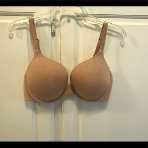 Victoria's Secret Perfect Coverage padded bra 38D